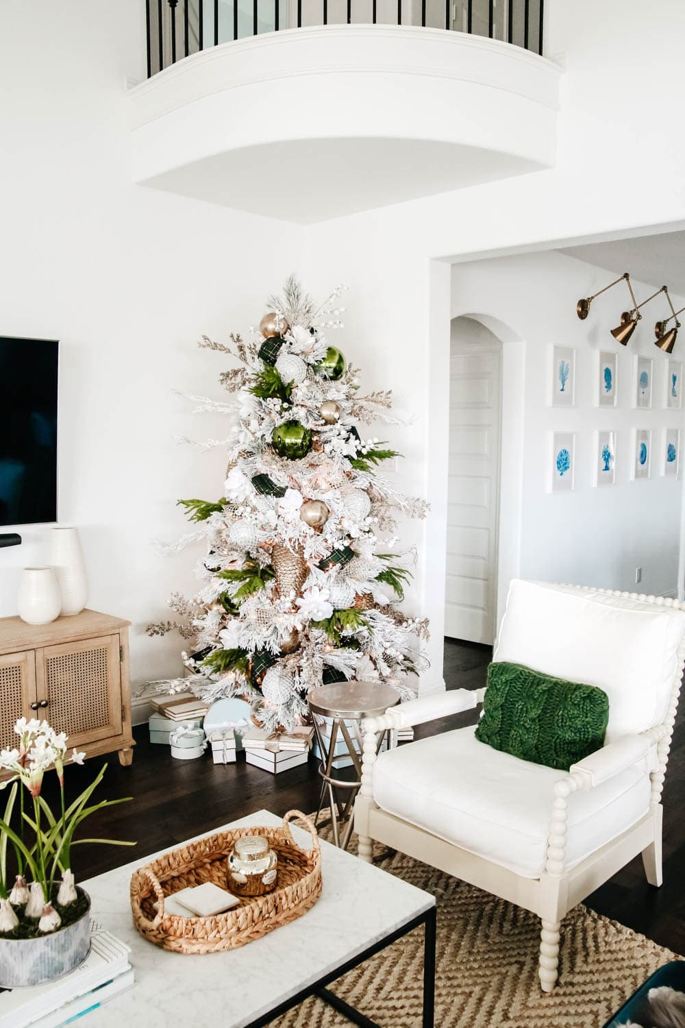 Glam Christmas tree with neutral decor