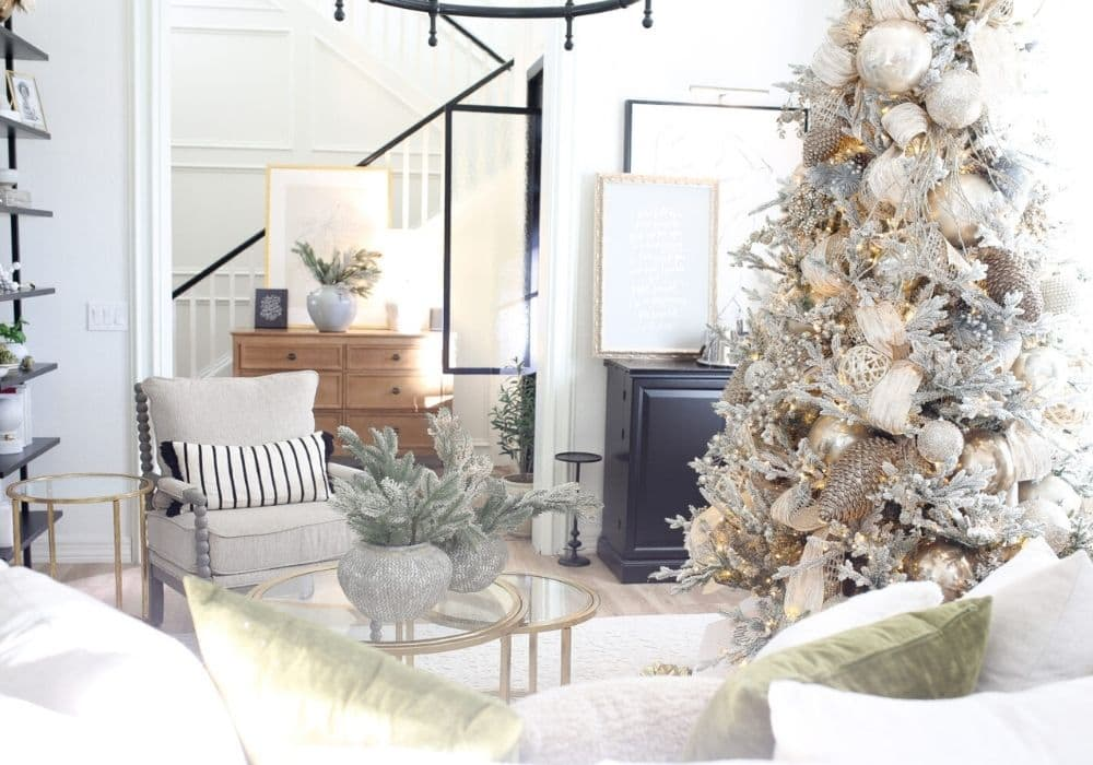 Christmas tree with neutral decor