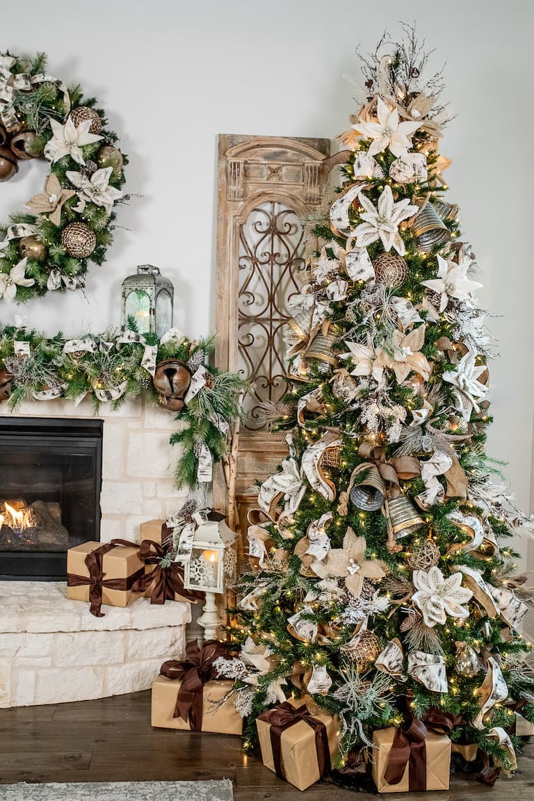 Trees And Trends Christmas 2020 Top Trends in Christmas Home Decor for 2020   Decorator's Warehouse